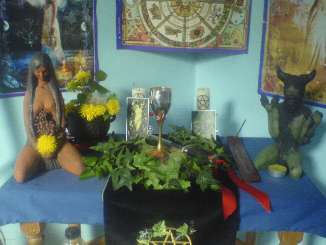 Wiccan altar for Beltane - Learning Witchcraft